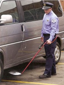 bsd0002-under-vehicles-inspection-mirror-with-torchlight-high-quality